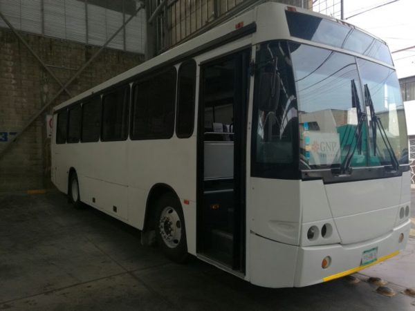 Autobús para transporte de personal - GO Transportes