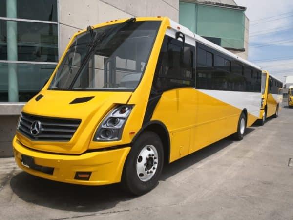 Autobus escolar y de personal GO Transportes