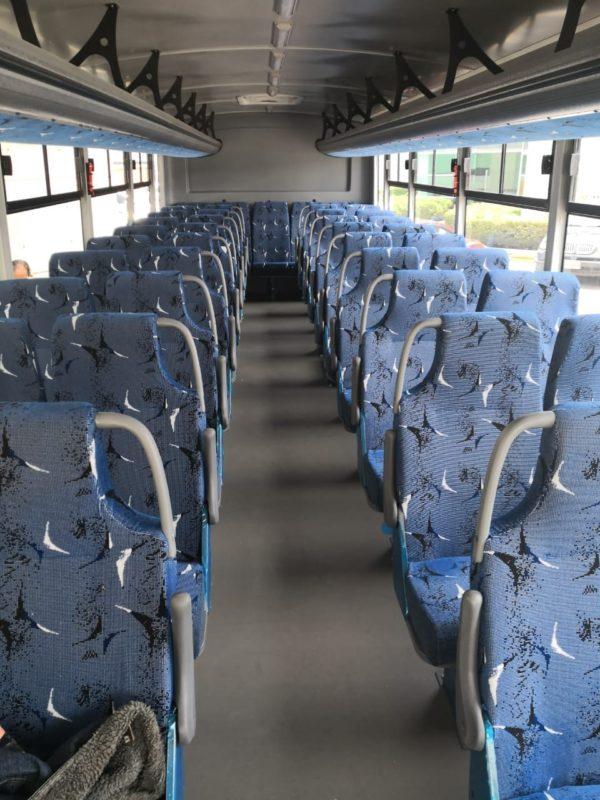 Interiores autobus escolar